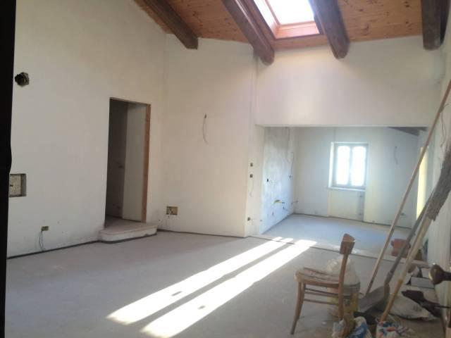 Appartamento in vendita a Piozzo, 4 locali, prezzo € 125.000 | CambioCasa.it