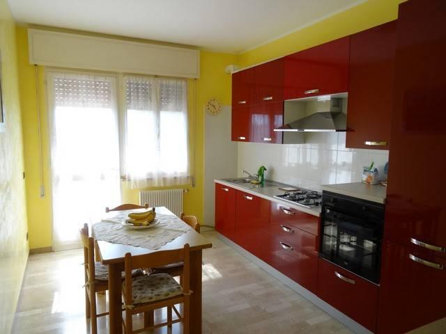 Appartamento in vendita a Fontanafredda, 4 locali, prezzo € 118.000 | CambioCasa.it