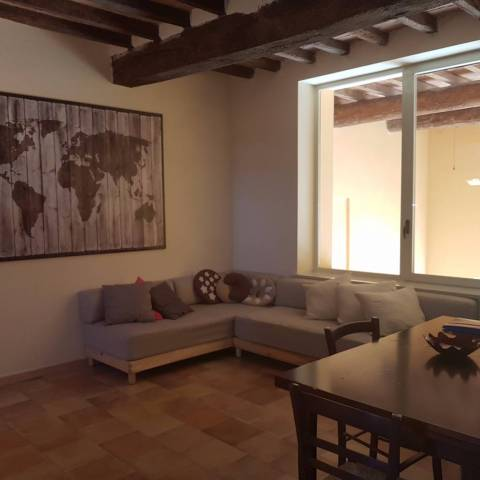 Rustico / Casale in vendita a Guastalla, 3 locali, prezzo € 75.000 | CambioCasa.it
