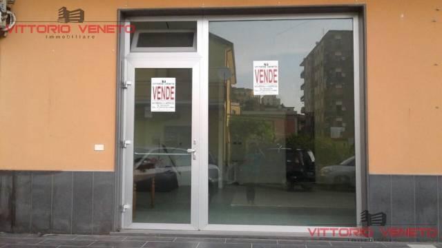 Negozio / Locale in vendita a Agropoli, 1 locali, prezzo € 175.000 | CambioCasa.it