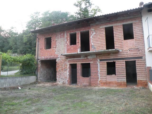 Rustico / Casale in vendita a Santo Stefano Roero, 9999 locali, prezzo € 50.000 | CambioCasa.it