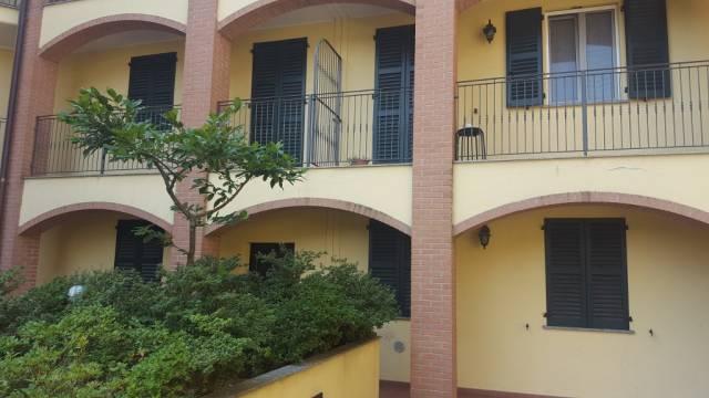 Appartamento in vendita a Bregnano, 3 locali, prezzo € 136.000 | CambioCasa.it