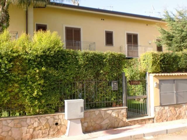 Villa a Schiera in Vendita a Santa Flavia