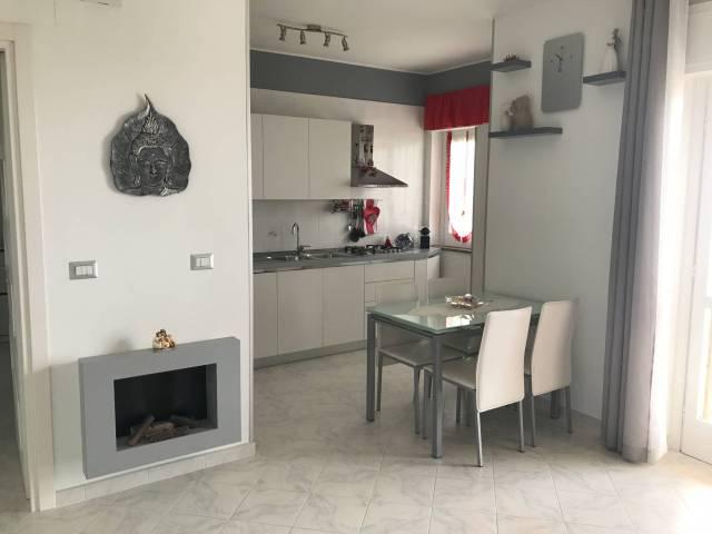 Appartamento in vendita a Montecorvino Pugliano, 2 locali, prezzo € 75.000 | CambioCasa.it