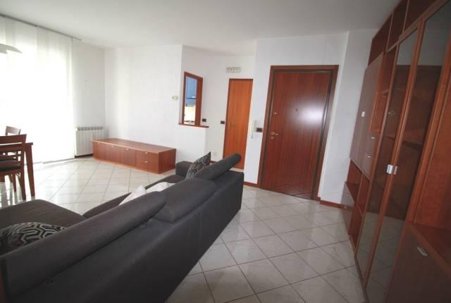 Appartamento in vendita a Trieste, 3 locali, prezzo € 135.000 | CambioCasa.it