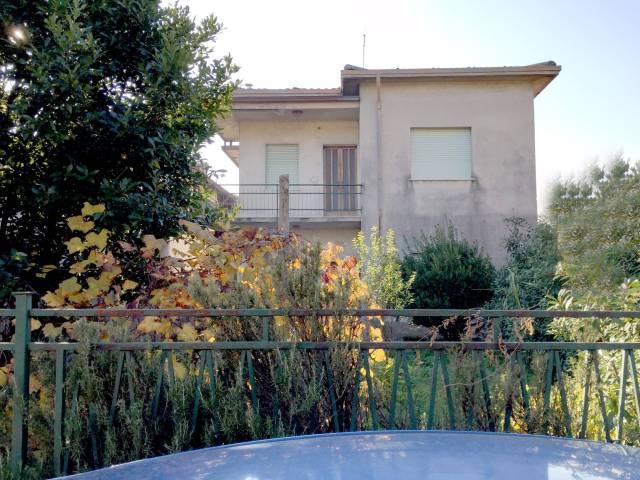 Villa in vendita a Caravaggio, 4 locali, prezzo € 148.000 | CambioCasa.it