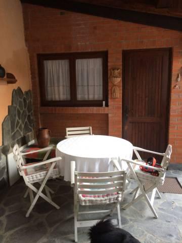 Soluzione Indipendente in vendita a Biella, 5 locali, prezzo € 139.000   CambioCasa.it