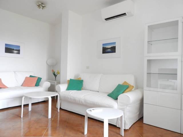 Appartamento in affitto a Forte dei Marmi, 5 locali, prezzo € 4.000 | CambioCasa.it