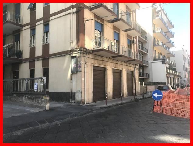 Negozio / Locale in affitto a Catania, 3 locali, prezzo € 650 | CambioCasa.it