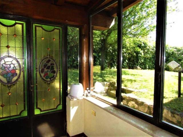 Villa in vendita a Polpenazze del Garda, 6 locali, prezzo € 380.000 | CambioCasa.it