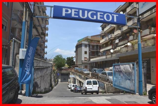 Magazzino in vendita a Catania, 3 locali, prezzo € 595.000 | CambioCasa.it