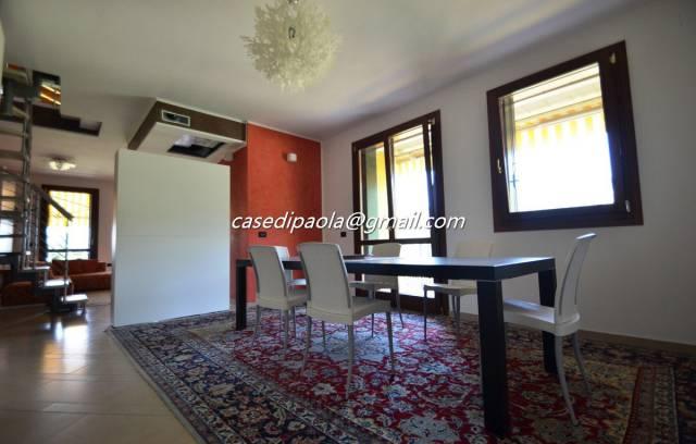 Attico / Mansarda in vendita a Garda, 4 locali, prezzo € 460.000 | CambioCasa.it