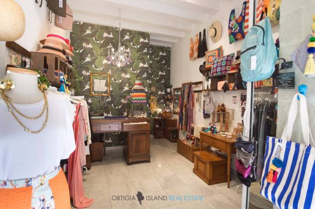 Negozio / Locale in vendita a Siracusa, 1 locali, prezzo € 55.000 | CambioCasa.it