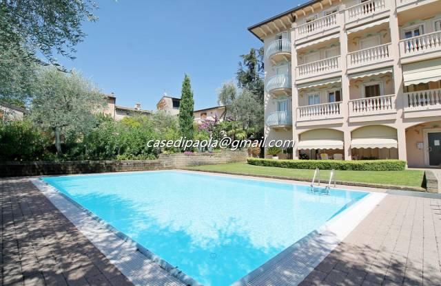 Appartamento in vendita a Torri del Benaco, 3 locali, prezzo € 340.000 | CambioCasa.it