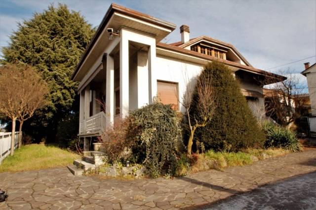 Villa in vendita a Inverigo, 5 locali, prezzo € 280.000 | CambioCasa.it