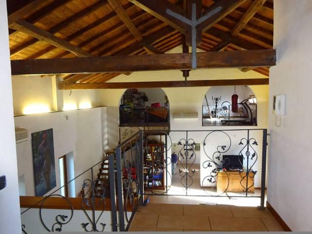 Rustico / Casale in vendita a Latina, 6 locali, prezzo € 590.000 | CambioCasa.it