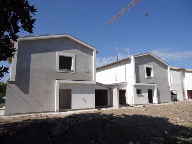 Villa in Vendita a San Prospero