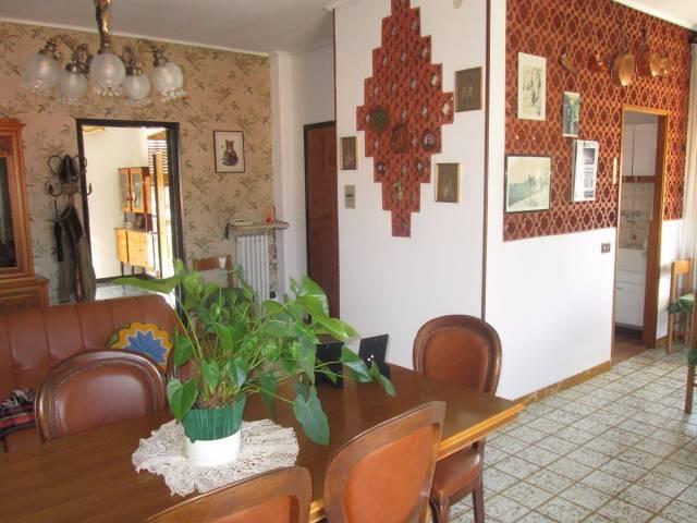 Appartamento in vendita a Boves, 5 locali, prezzo € 165.000 | CambioCasa.it