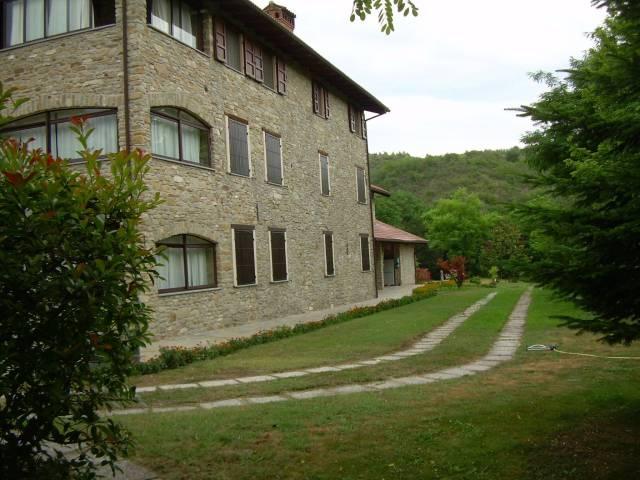 Appartamento in vendita a Lerma, 5 locali, prezzo € 220.000 | CambioCasa.it