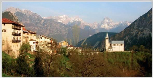 Appartamento in vendita a Valle di Cadore, 3 locali, prezzo € 115.000 | CambioCasa.it