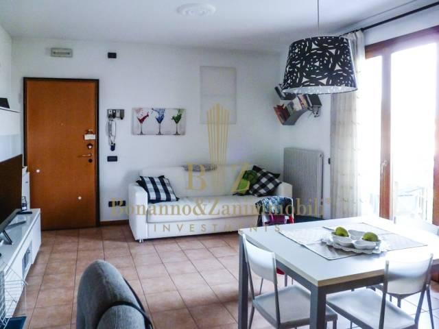 Appartamento in vendita a Loreggia, 2 locali, prezzo € 78.000 | CambioCasa.it