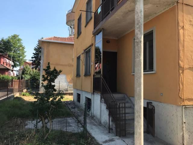 Villa in vendita a Casalpusterlengo, 5 locali, prezzo € 100.000 | CambioCasa.it