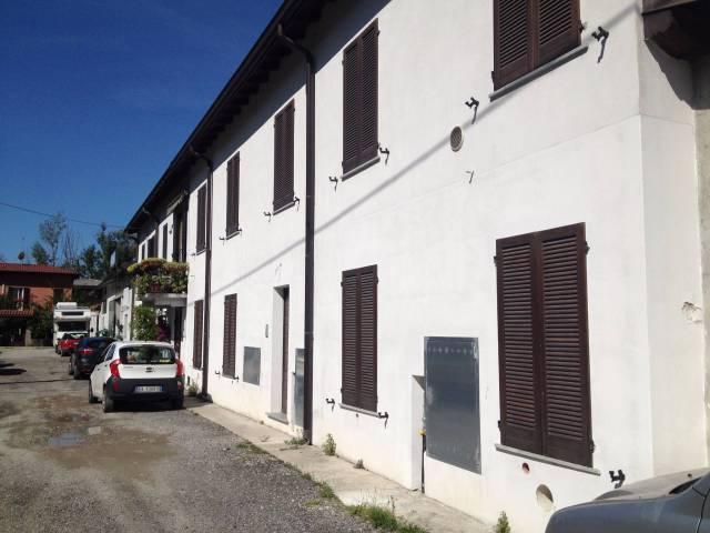 Appartamento in vendita a Valmadrera, 2 locali, prezzo € 70.000 | CambioCasa.it