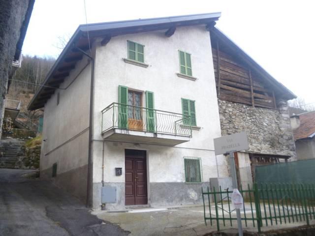 Soluzione Indipendente in vendita a Ponte di Legno, 5 locali, prezzo € 66.000 | CambioCasa.it