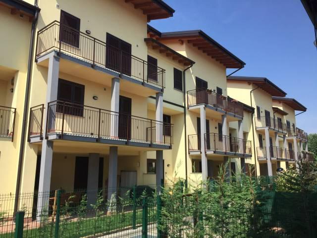 Appartamento in vendita a Roncello, 3 locali, prezzo € 99.000 | CambioCasa.it