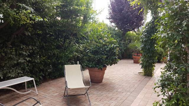 Villa civitanova marche vendita 320 mq for Temporizzatore irrigazione giardino