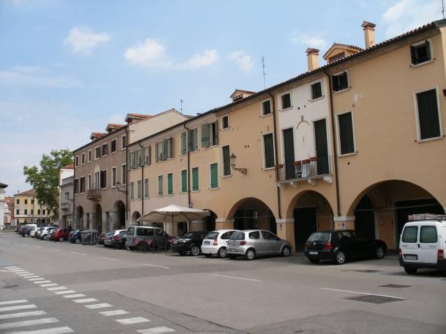 Box / Garage in affitto a Padova, 9999 locali, zona Zona: 1 . Centro, prezzo € 50   CambioCasa.it