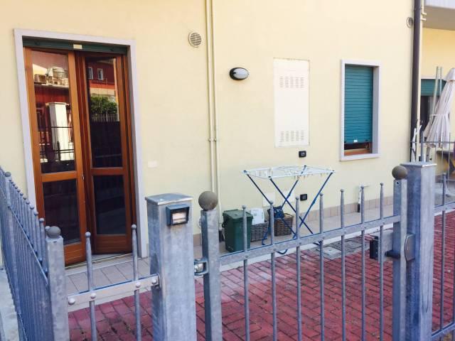 Appartamento in affitto a Bussolengo, 2 locali, prezzo € 450 | CambioCasa.it