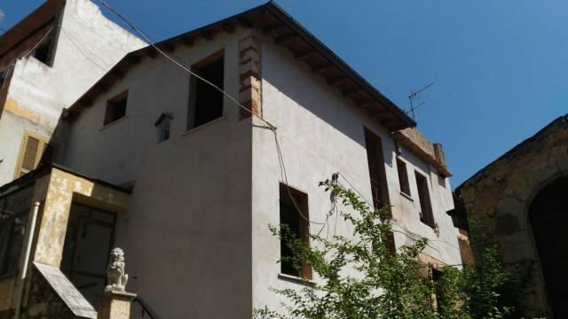 Appartamento in vendita a Priverno, 9999 locali, prezzo € 57.000 | CambioCasa.it