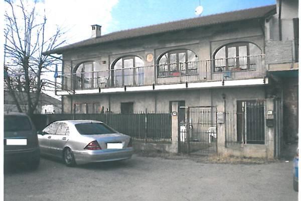 Soluzione Indipendente in vendita a Scalenghe, 5 locali, prezzo € 110.000   CambioCasa.it
