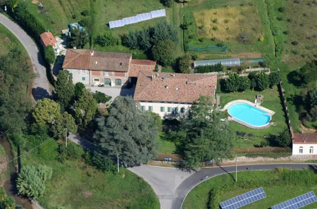 Palazzo / Stabile in vendita a Lucca, 6 locali, prezzo € 5.500.000 | CambioCasa.it