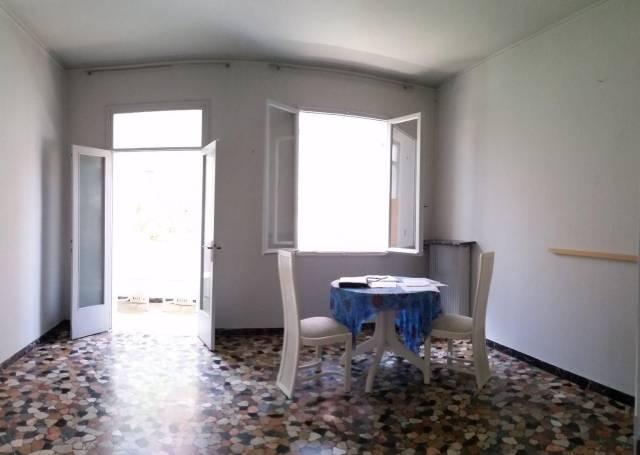Appartamento in vendita a Venezia, 4 locali, zona Zona: 7 . Giudecca, prezzo € 330.000   CambioCasa.it