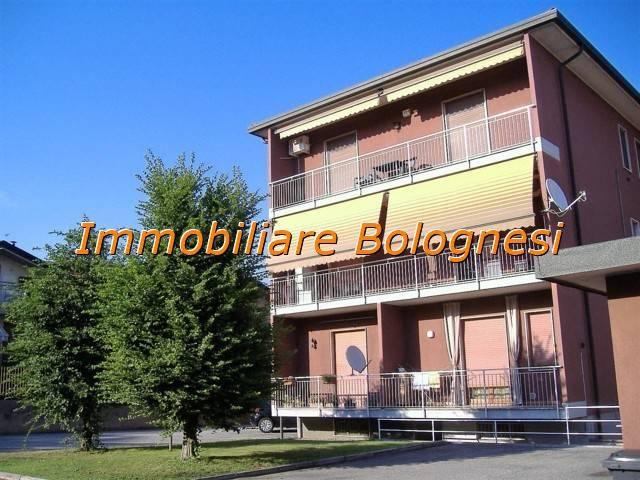 Appartamento in vendita a Cairate, 3 locali, prezzo € 125.000 | CambioCasa.it