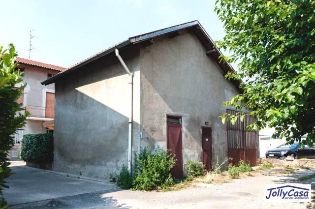 Rustico / Casale in vendita a Misinto, 3 locali, prezzo € 25.000 | CambioCasa.it