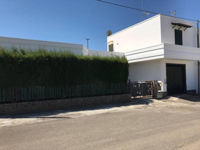 Villa in vendita a Veglie, 6 locali, prezzo € 178.000 | CambioCasa.it