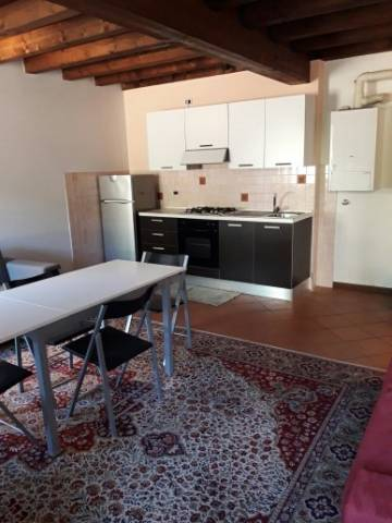 Appartamento in vendita a Desenzano del Garda, 2 locali, prezzo € 160.000 | CambioCasa.it