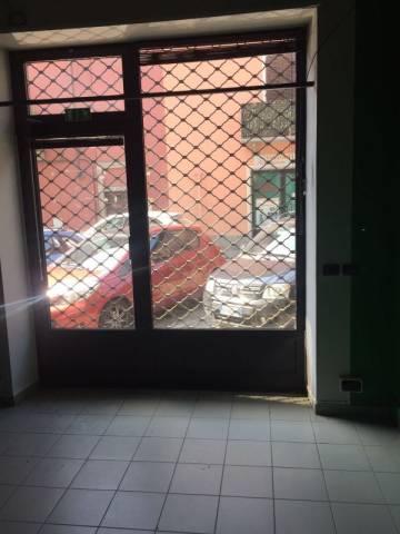 Negozio / Locale in affitto a Pinerolo, 2 locali, prezzo € 500 | CambioCasa.it