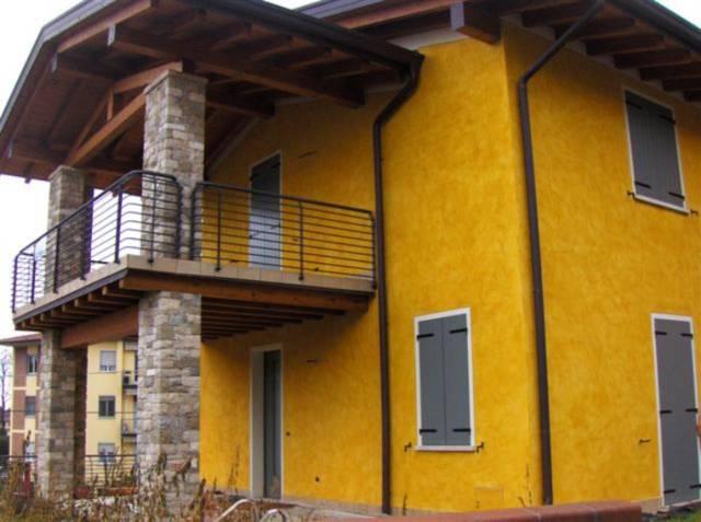 Villa a Schiera in vendita a Volta Mantovana, 5 locali, prezzo € 200.000   CambioCasa.it