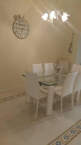 Soluzione Indipendente in vendita a Viareggio, 5 locali, prezzo € 380.000 | CambioCasa.it