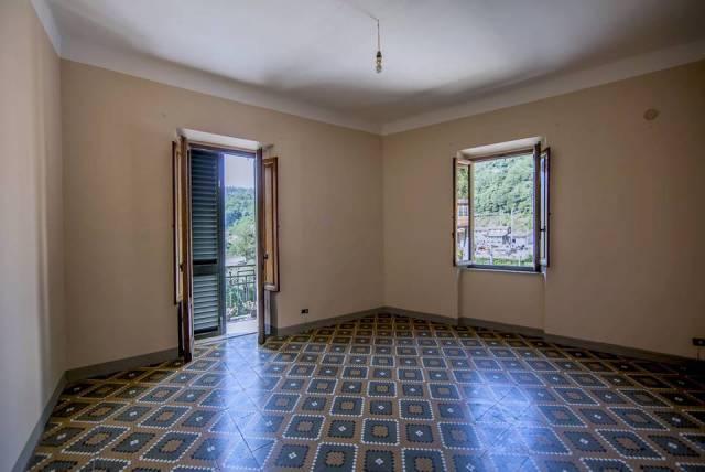Appartamento in affitto a Pescia, 9999 locali, prezzo € 430 | CambioCasa.it