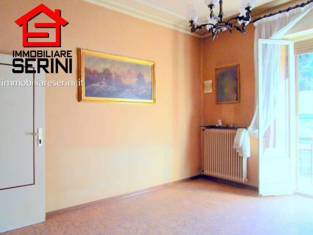 Appartamento in vendita a Corridonia, 5 locali, prezzo € 50.000 | CambioCasa.it