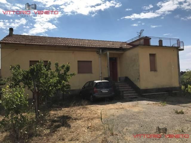 Rustico / Casale in vendita a Stella Cilento, 6 locali, prezzo € 350.000 | CambioCasa.it