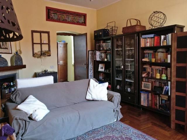 Appartamento in vendita a Pinerolo, 3 locali, prezzo € 150.000 | CambioCasa.it