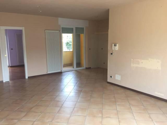 Appartamento in affitto a Borgo San Dalmazzo, 5 locali, prezzo € 650 | CambioCasa.it