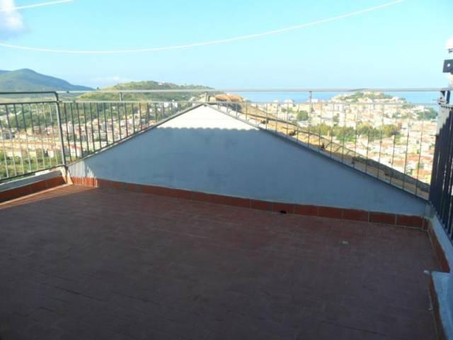 Appartamento in vendita a Agropoli, 5 locali, prezzo € 118.000 | CambioCasa.it