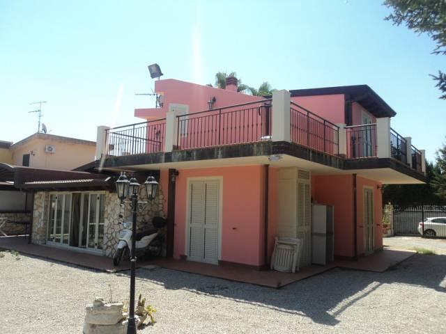 Villa in vendita a Patti, 5 locali, Trattative riservate | CambioCasa.it